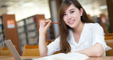 Học văn bằng 2 tiếng Anh làm nghề gì?