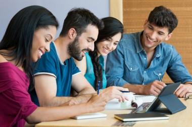 Tuyển sinh Đại học Văn bằng 2 - Ngành Tiếng Anh  hệ Chính quy